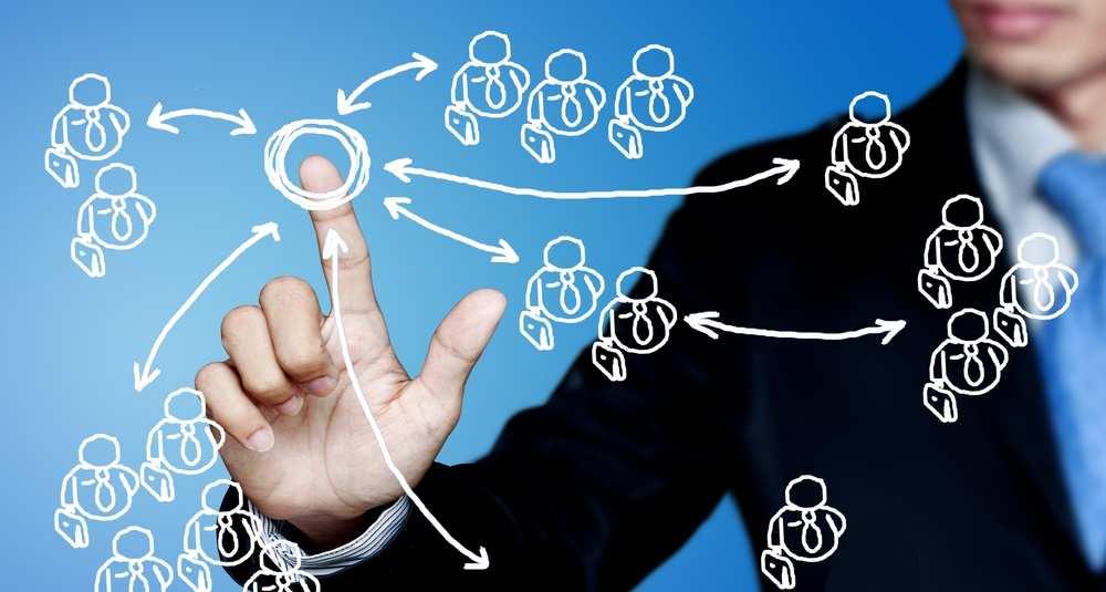 202859_social-selling-les-commerciaux-reinventent-leur-metier-web-tete-021314279950